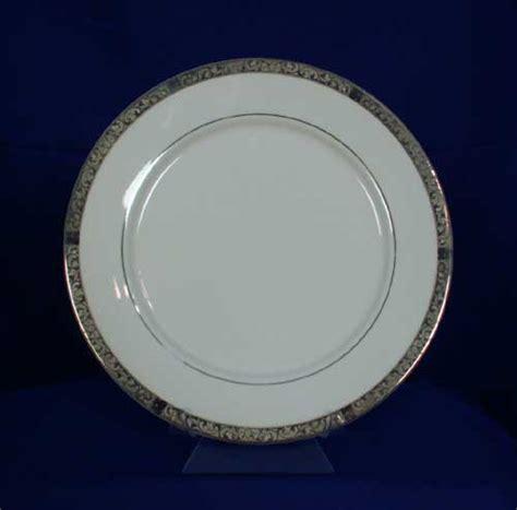 Dinner Plate Medallion Produk Sango sango empress platinum 8454 pattern dinner plate white ebay