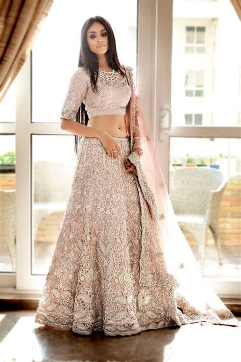 hairstyles indian dress 10 best hairstyles for lehenga choli to inspire you in 2017