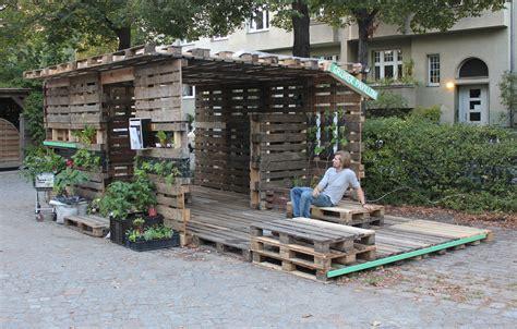 Pavillon Aus Paletten by Arbeit 187 S 246 Ren 171 Die Urlaubsbew 228 Sserung Der Ehrenpreis