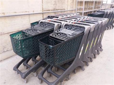 vendita scaffali metallici tecnostrutture arredamento negozi prezzi scaffali