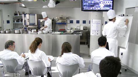 escuela de cocina cordon bleu madrid aulas de demostraci 243 n de le cordon bleu madrid youtube