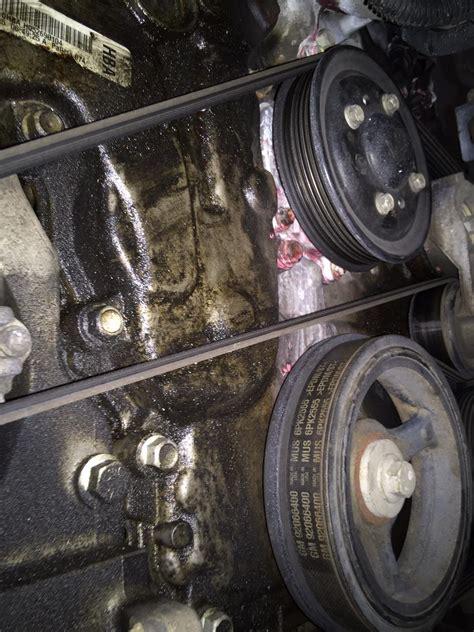 05 VZ   Revving Fluctuation   Oil Leak?   Just Commodores