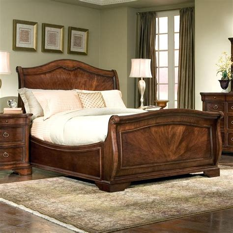 sleigh bedroom set king 17 best ideas about sleigh beds on pinterest bedroom