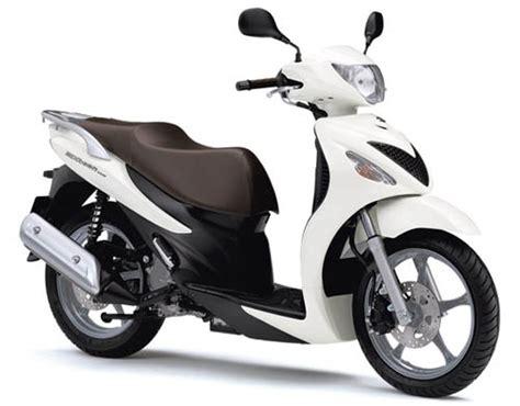 Suzuki Motorrad Roller by Suzuki Roller 2009 Modellnews