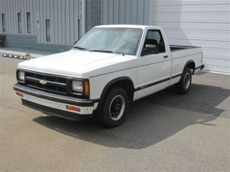 find used 1993 chevrolet s 10 short bed 2wd quot all original bucket seat console truck quot in