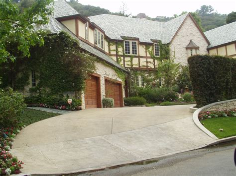 famous hollywood homes celebrity driveways of the rich and famous by debbie burton