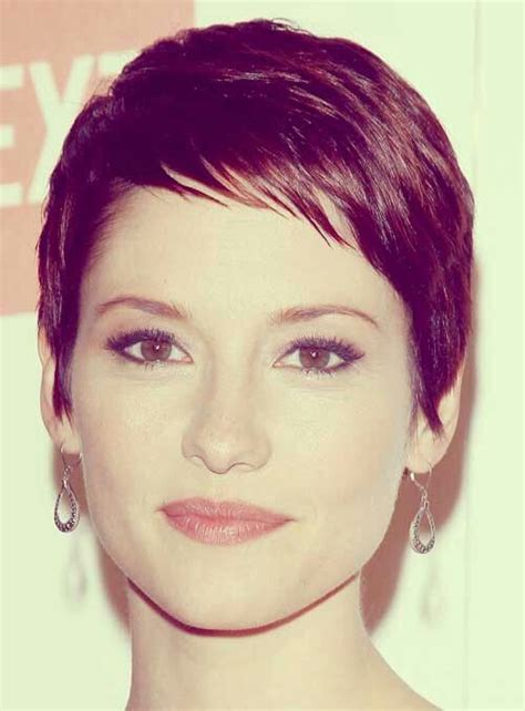 pictures of short hair with angled bangs close cut pixie haircut with short angled bangs style