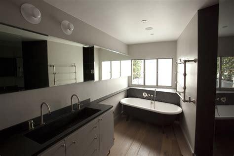 s駱aration vitr馥 entre cuisine et salon appartement yp 171 roberta molteni studio