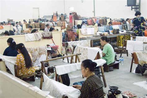 Batik Danar Hadi Bandung ezi kembara amazing jakarta