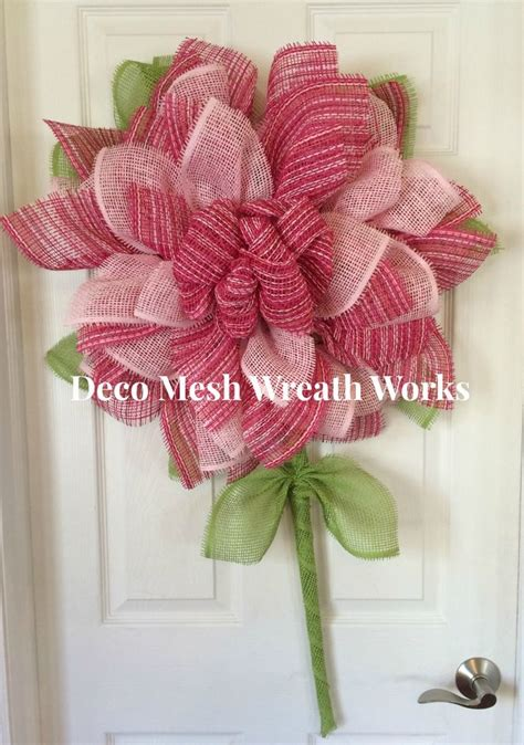 yellow paper flower wreath tutorial the 25 best paper mesh ideas on pinterest trendy tree