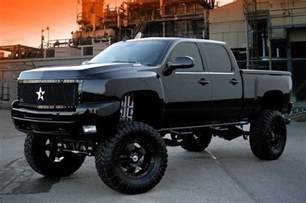 lifted chevy trucks jacked up trucks