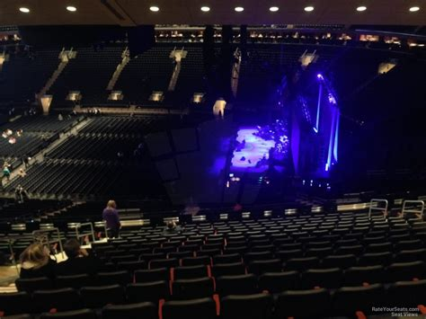 section 213 madison square garden 200 level side madison square garden concert seating