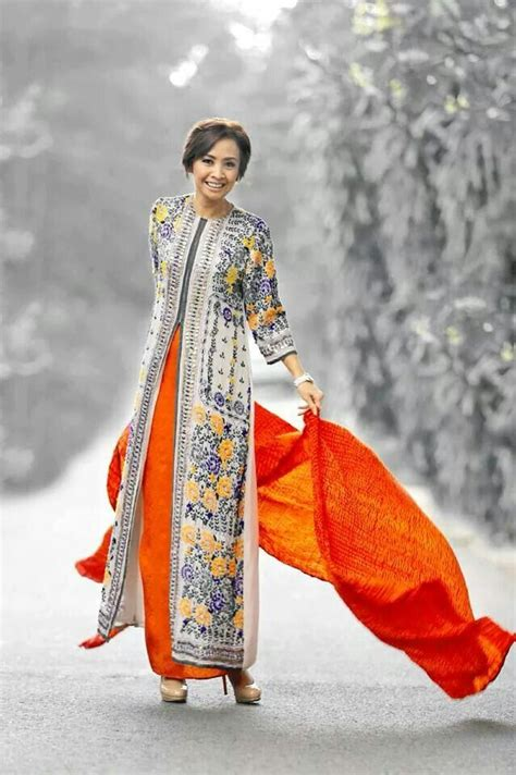 184 best images about baju kurung on sleeve caftans and bell sleeves