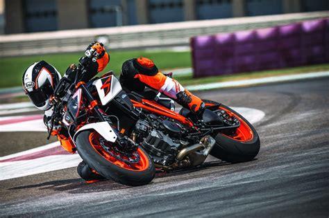 Motorrad Ktm 1290 Super Duke R by Ktm 1290 Super Duke R 2017 Motorrad Fotos Motorrad Bilder