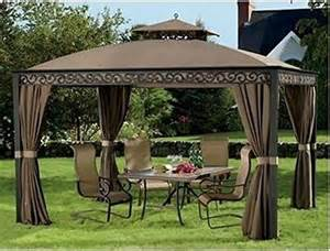 Gazebo With Netting And Privacy Panels by 10 X 12 Outdoor Gazebo Spacious With Aluminum Frame