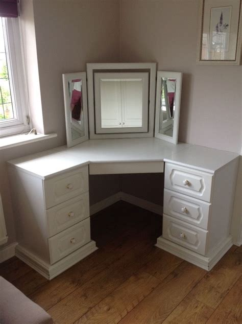 corner dressing table corner dressing table with mirror