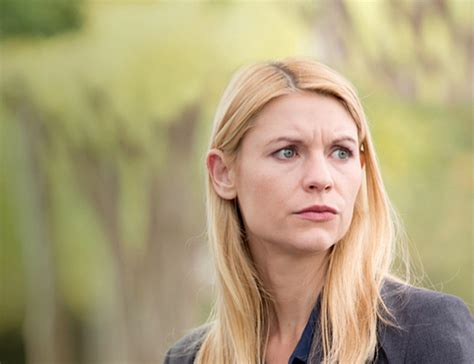claire danes voice homeland star claire danes spotted in cape town shooting