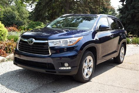 your family needs the best 3 row suv