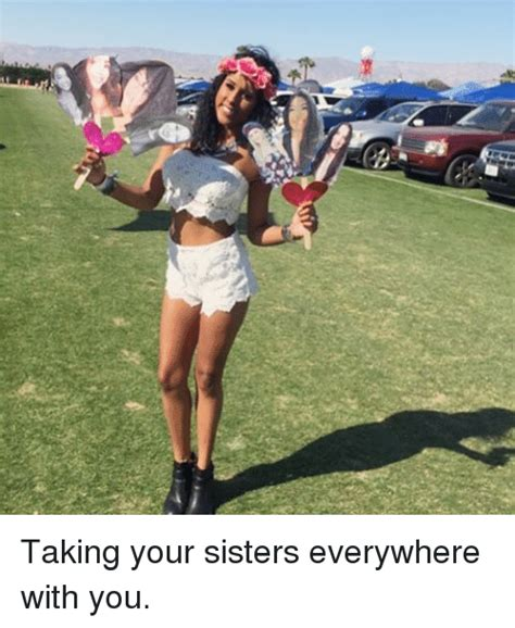 pictures to take with your sister at the beach cute yb taking your sisters everywhere with you sister