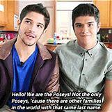 Tyler Posey Siblings | 245 x 245 animatedgif 1212kB
