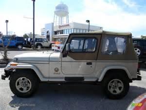 1992 Jeep Wrangler 1992 Jeep Wrangler 4x4 In Light Chagne Metallic