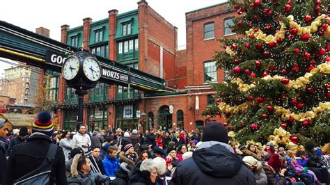 Hunting Christmas Decorations by Toronto Christmas Market What To See Amp Do