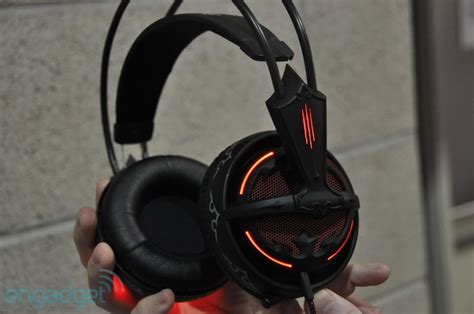 Kumpulan Headset Gaming steelseries mouse pad dan headset edisi diablo iii
