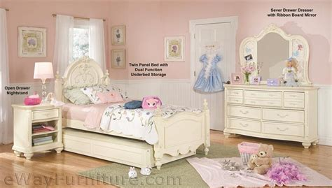 Antique White Childrens Bedroom Furniture by Vintage White Panel Bed Childrens Bedroom Set