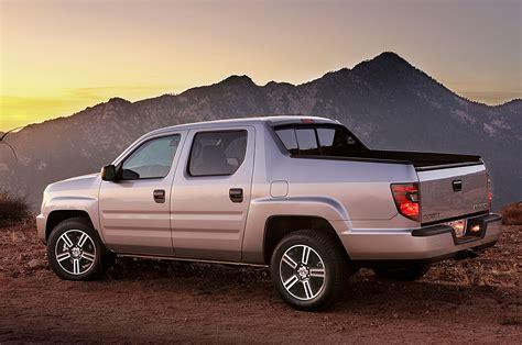 honda truck 2014 honda ridgeline photo gallery truck trend