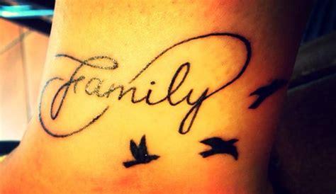 tattoo escrita family family tattoo i like this one but not the birds