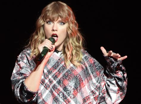 taylor swift delicate about reactions to taylor swift s second quot delicate quot video