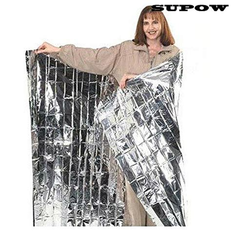 outdoor heat ls amazon supow 174 foldable gold emergency blanket rescue solar