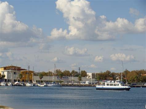 port louis du rh 244 ne 13230