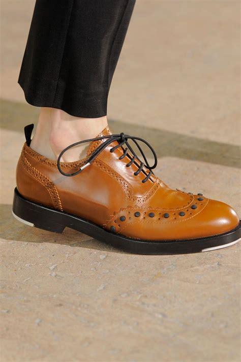 Sepatu Sneakers Leather Suite 25021 kris assche shoes