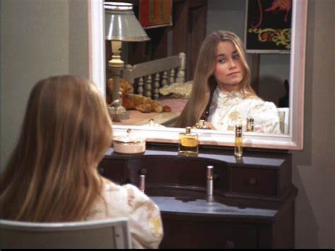 room at the top marcia brady room at the top the brady bunch image 8926421 fanpop