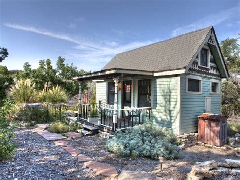 small vacation homes 10 amazing tiny vacation rentals homeaway travel ideas