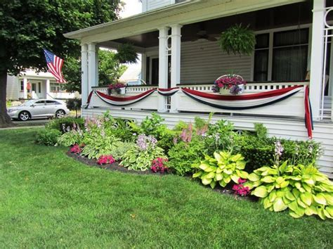 landscaping ideas for front of ranch style house simple front yard landscaping with flowers for ranch style homes on a budget front