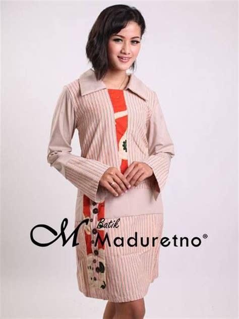 Best Cut Tunik Setelan Muslim Office Wear 17 best images about pusat batik madura on polos chiffon and abayas