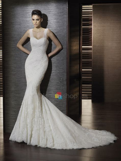 11 timeless wedding gowns that will never go out style
