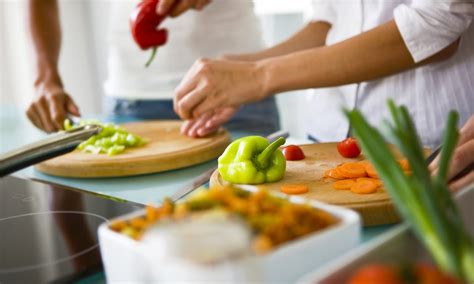 six must knows before your date night cooking class