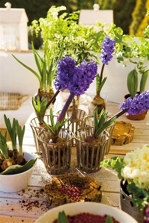 spring table decorations 17 diy spring table decorations and blooming centerpieces