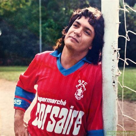 alexis sanchez kimdir carlos henrique raposo played as a striker for 9 different