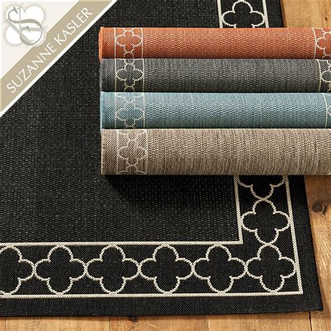 Ballard Indoor Outdoor Rugs Suzanne Kasler Quatrefoil Border Indoor Outdoor Rug Ballard Designs