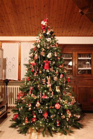albero di natale in casa natale a casa tua ecco l albero di niccol 242 al gusto di