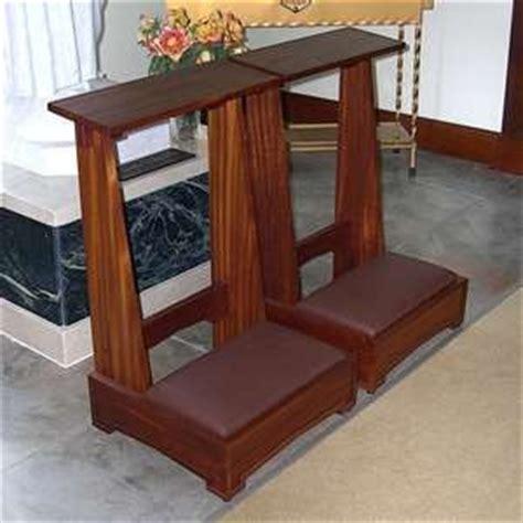 catholic kneeling bench 1000 images about things i like on pinterest burlap