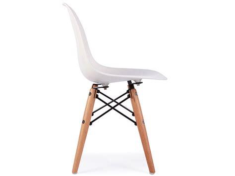 chaise eames enfant chaise enfant eames dsw blanc