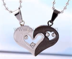 Engrave A Necklace Personalized Name Engrave Gift For Valentine Titanium Couple Necklaces Set For 2 Personalized