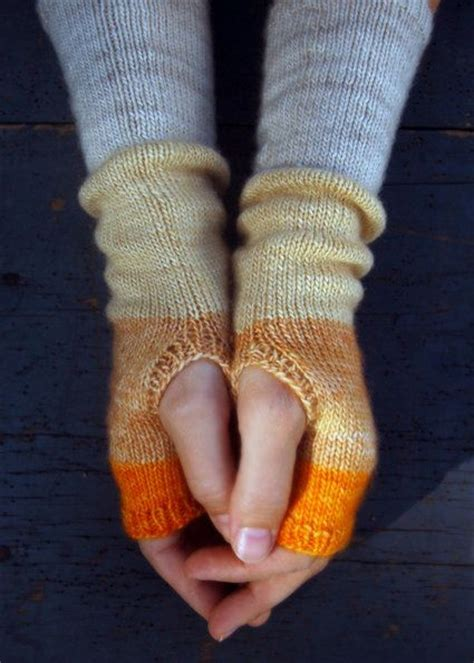 knitting pattern hand warmers free knitting pattern fingerless gloves mitts color