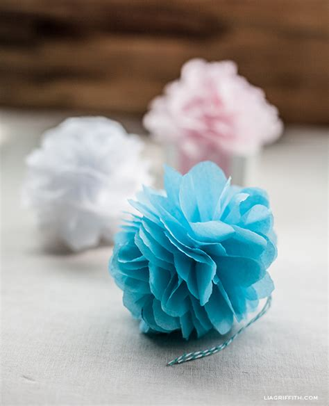 How To Make Small Paper Pom Poms - wonderful diy tissue paper pom pom flowers