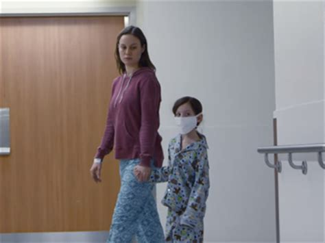 Room Review Brie Larson Room Review Give Brie Larson An Oscar At Once For